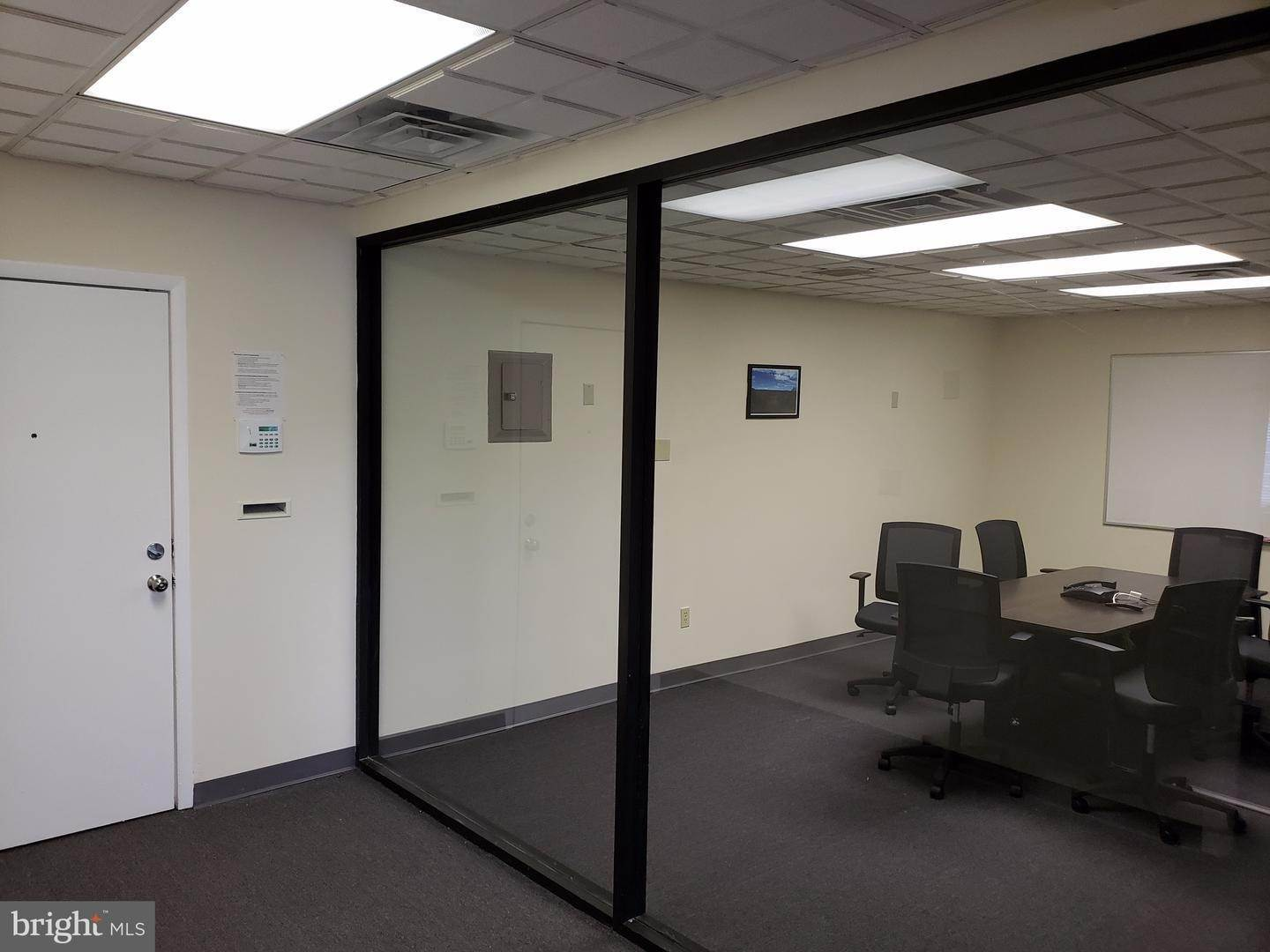 17. Offices for Sale at 1130-1136 HAMILTON Street Allentown, Pennsylvania 18101 United States