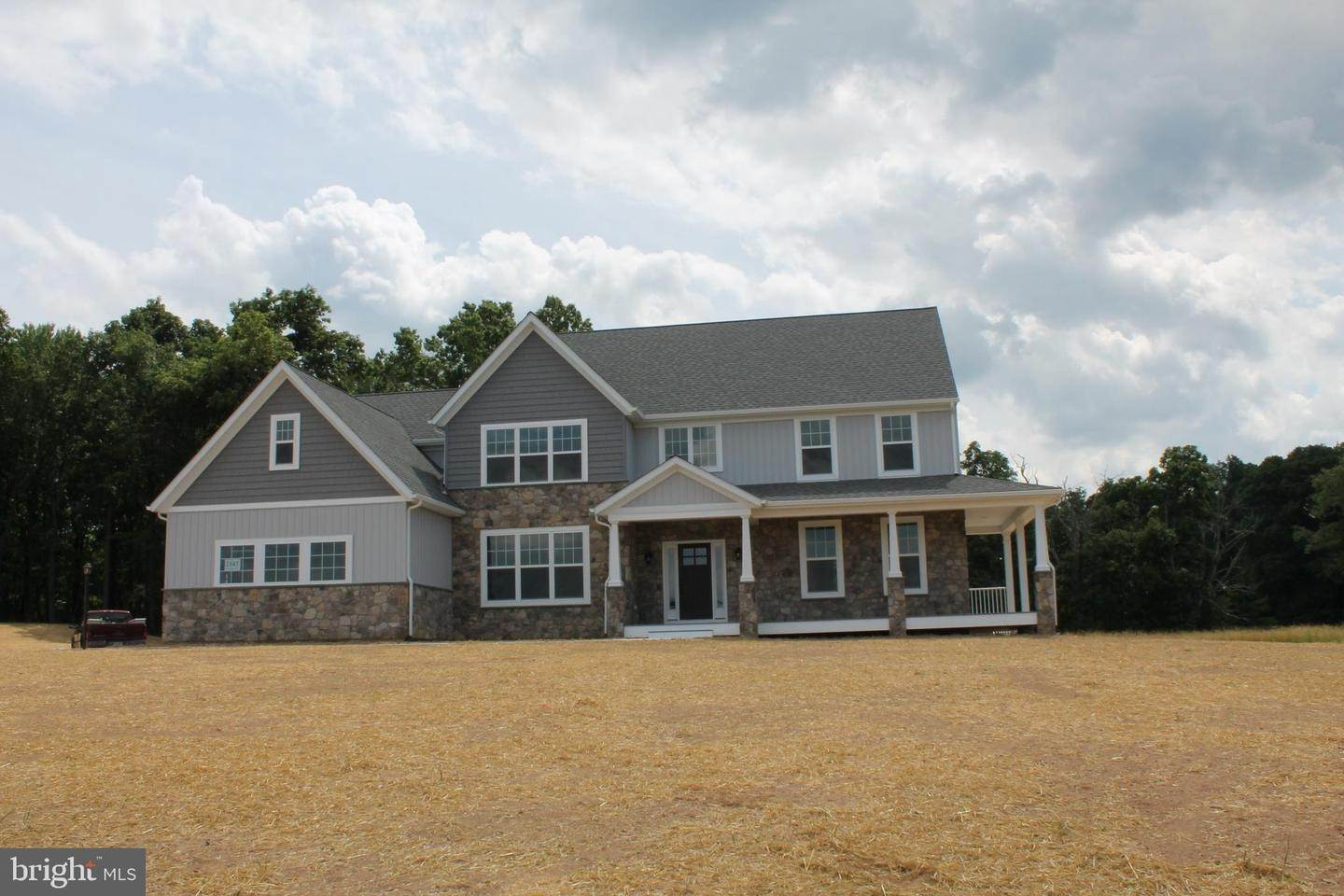Detached House for Sale at 3563 TIMBER Lane Slatington, Pennsylvania 18080 United States