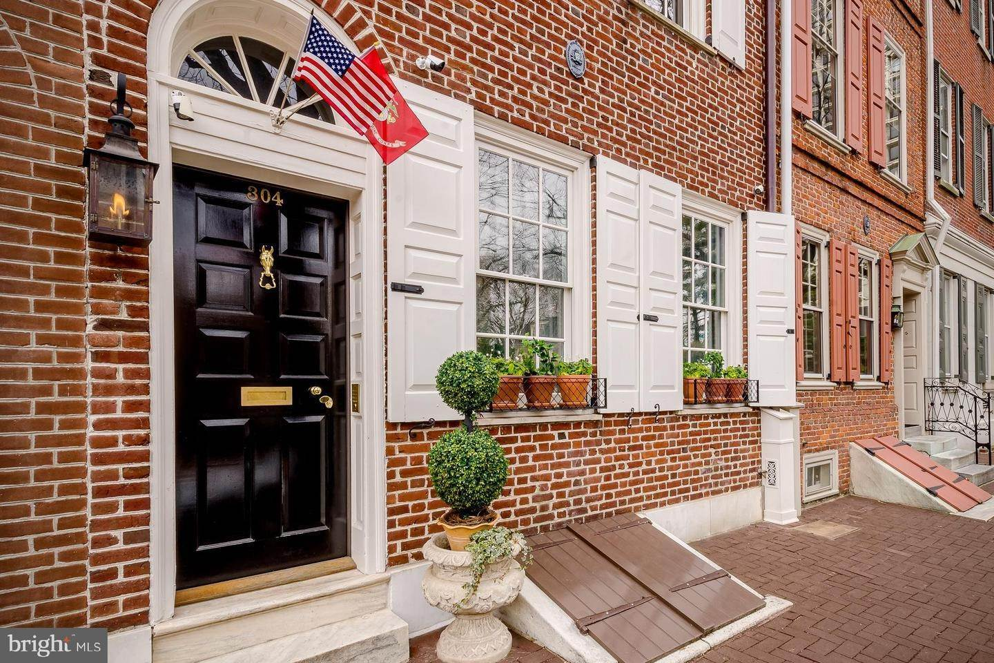 townhouses for Sale at 304 S 2ND Street Philadelphia, Pennsylvania 19106 United States