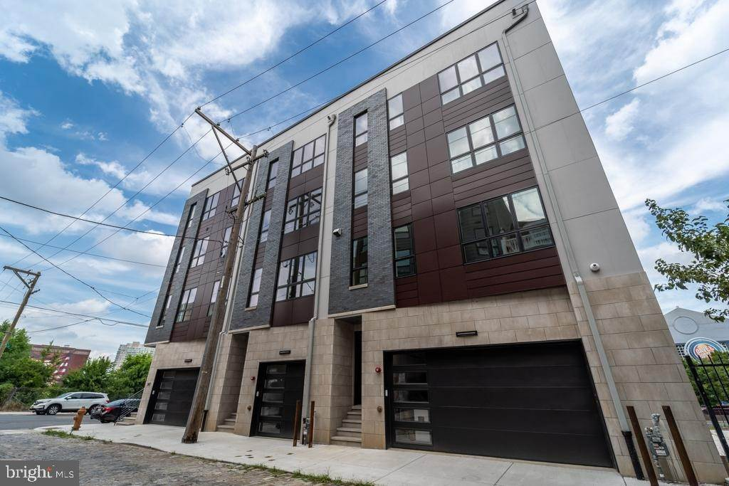 townhouses for Sale at 10-18 CALLOWHILL ST #B Philadelphia, Pennsylvania 19123 United States