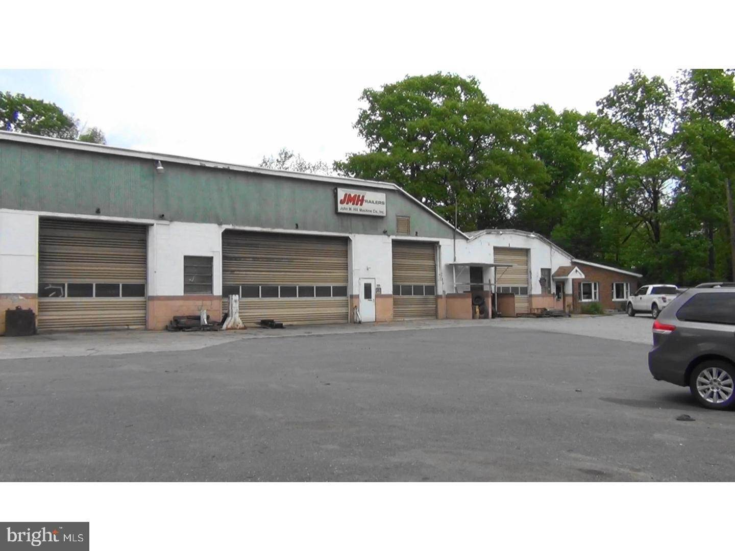 Industrial for Sale at 888 FARVIEW Road Hamburg, Pennsylvania 19526 United States