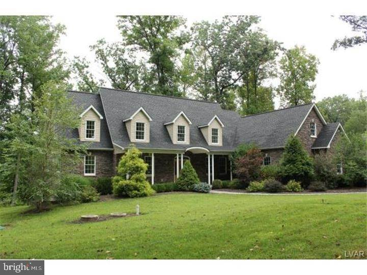 Detached House for Sale at 2539 KINGS MILL Road Hellertown, Pennsylvania 18055 United States