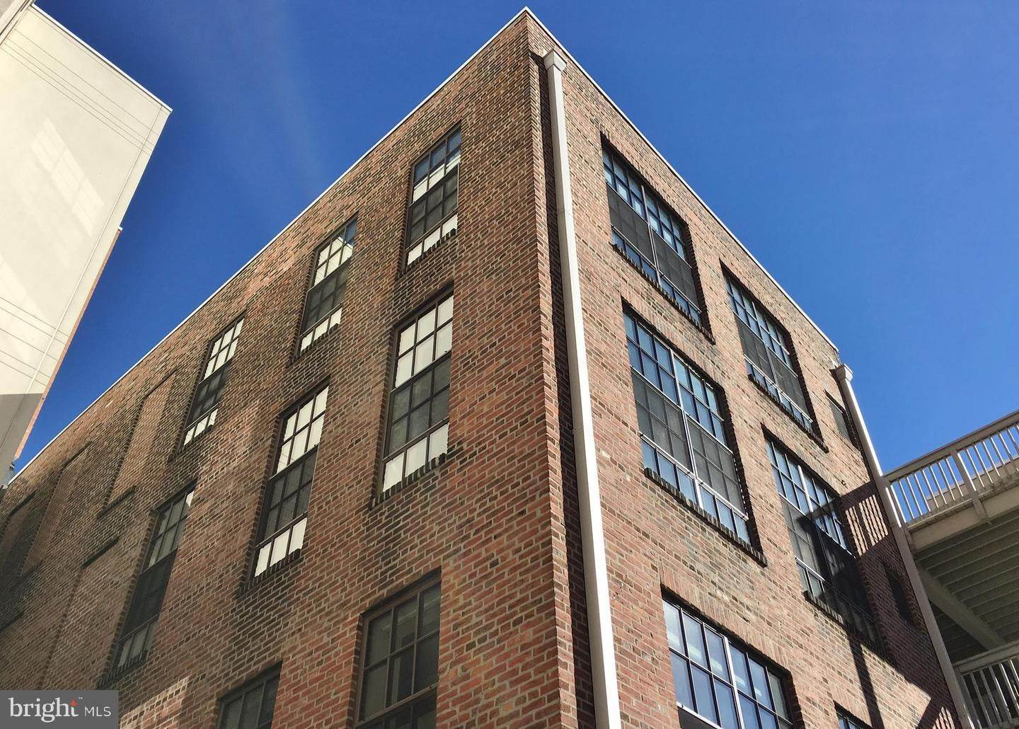 Condominiums for Sale at 112 N 2ND ST #5H3 Philadelphia, Pennsylvania 19106 United States