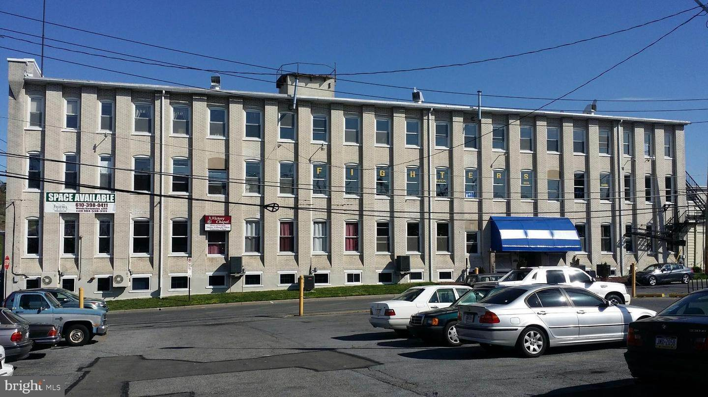 Commercial for Sale at 729 N 15TH Street Allentown, Pennsylvania 18102 United States
