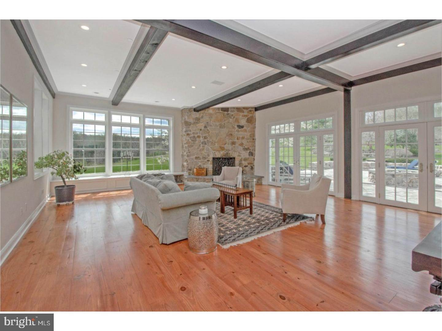 10. Detached House for Sale at 38 HARRISON Drive Newtown Square, Pennsylvania 19073 United States