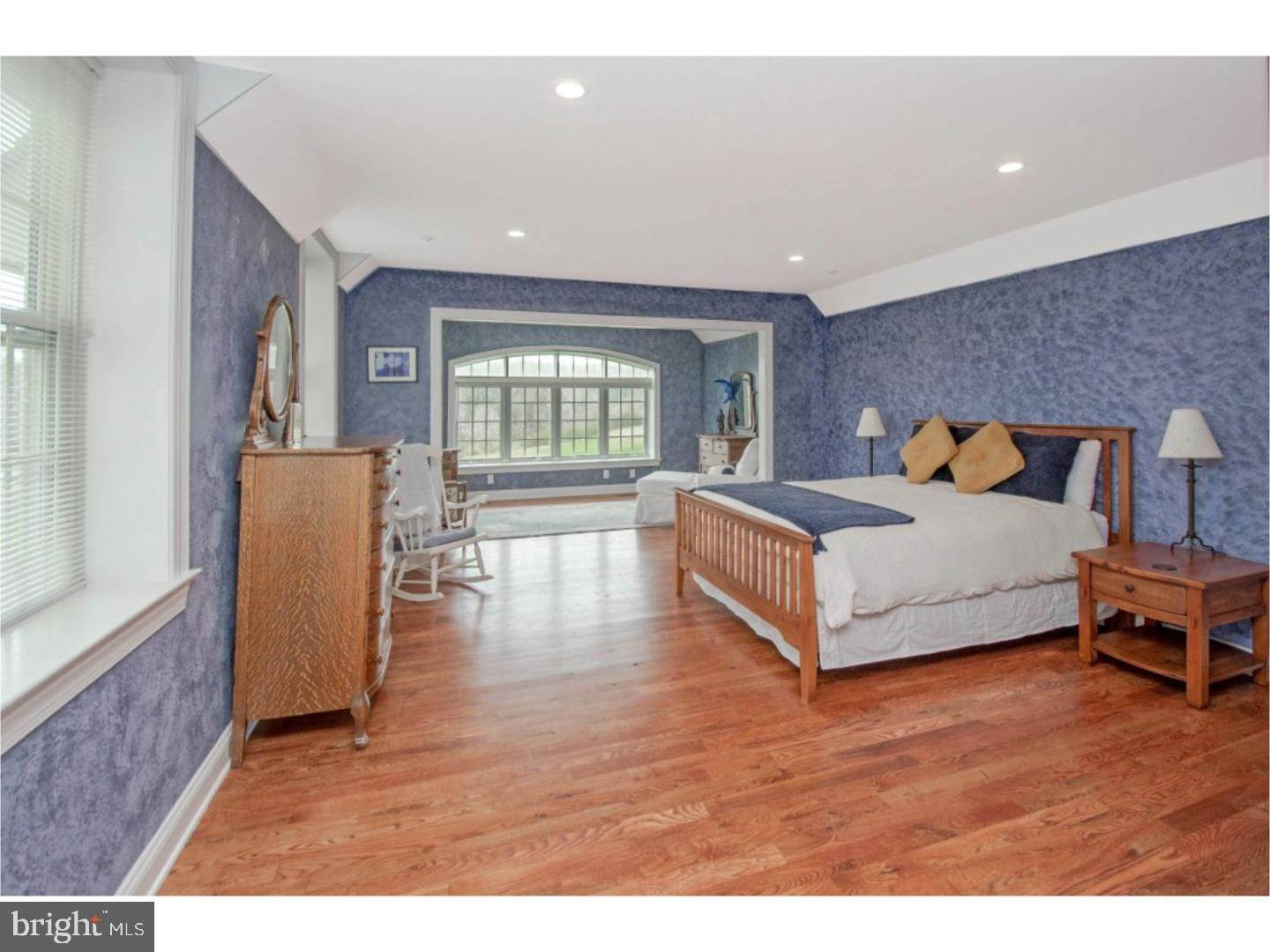 16. Detached House for Sale at 38 HARRISON Drive Newtown Square, Pennsylvania 19073 United States