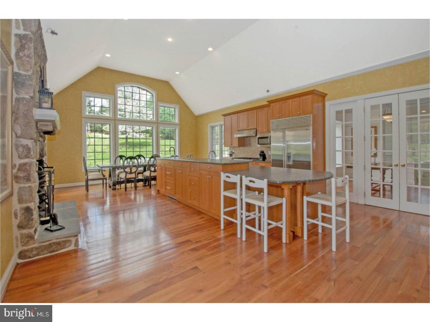 8. Detached House for Sale at 38 HARRISON Drive Newtown Square, Pennsylvania 19073 United States