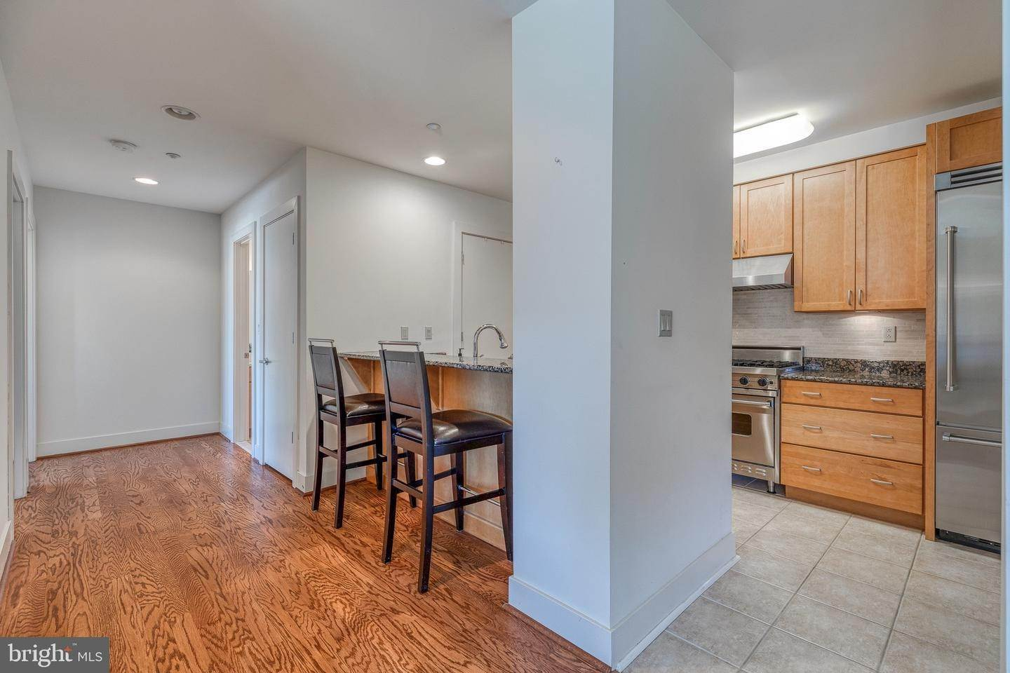14. Apartments for Sale at 23 S 23RD ST #5B Philadelphia, Pennsylvania 19103 United States