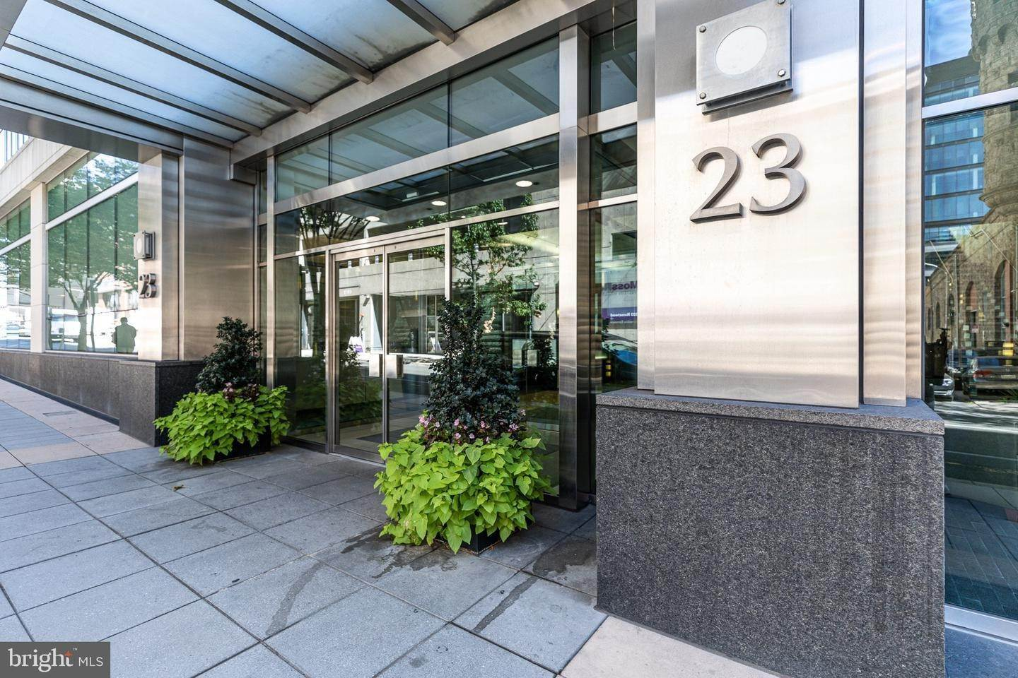 3. Apartments for Sale at 23 S 23RD ST #5B Philadelphia, Pennsylvania 19103 United States