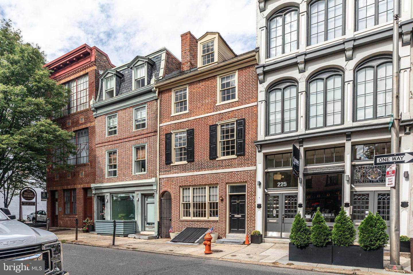 townhouses for Sale at 227 RACE Street Philadelphia, Pennsylvania 19106 United States