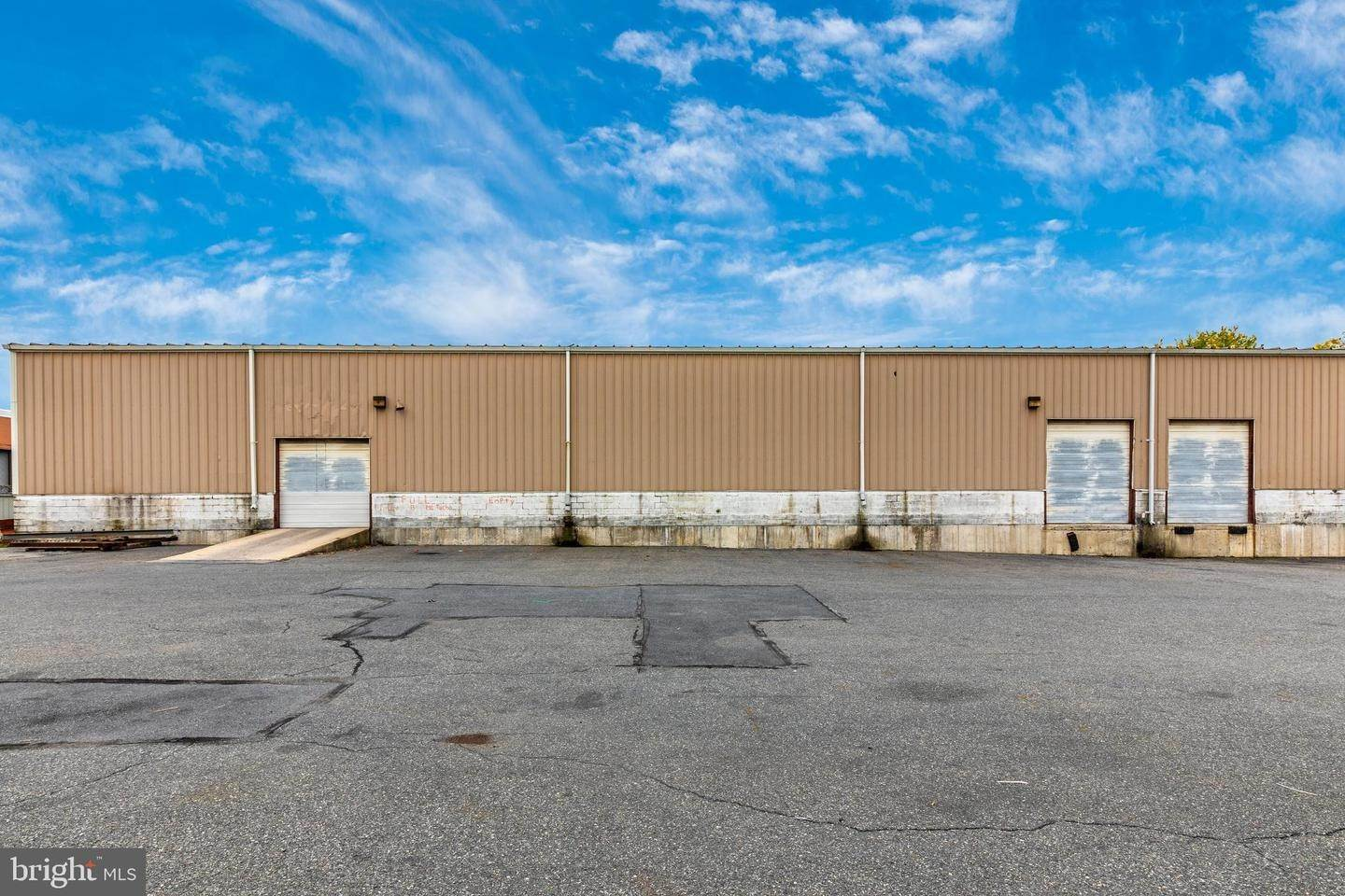 19. Commercial for Sale at 601-623 E HIGHLAND Street Allentown, Pennsylvania 18109 United States