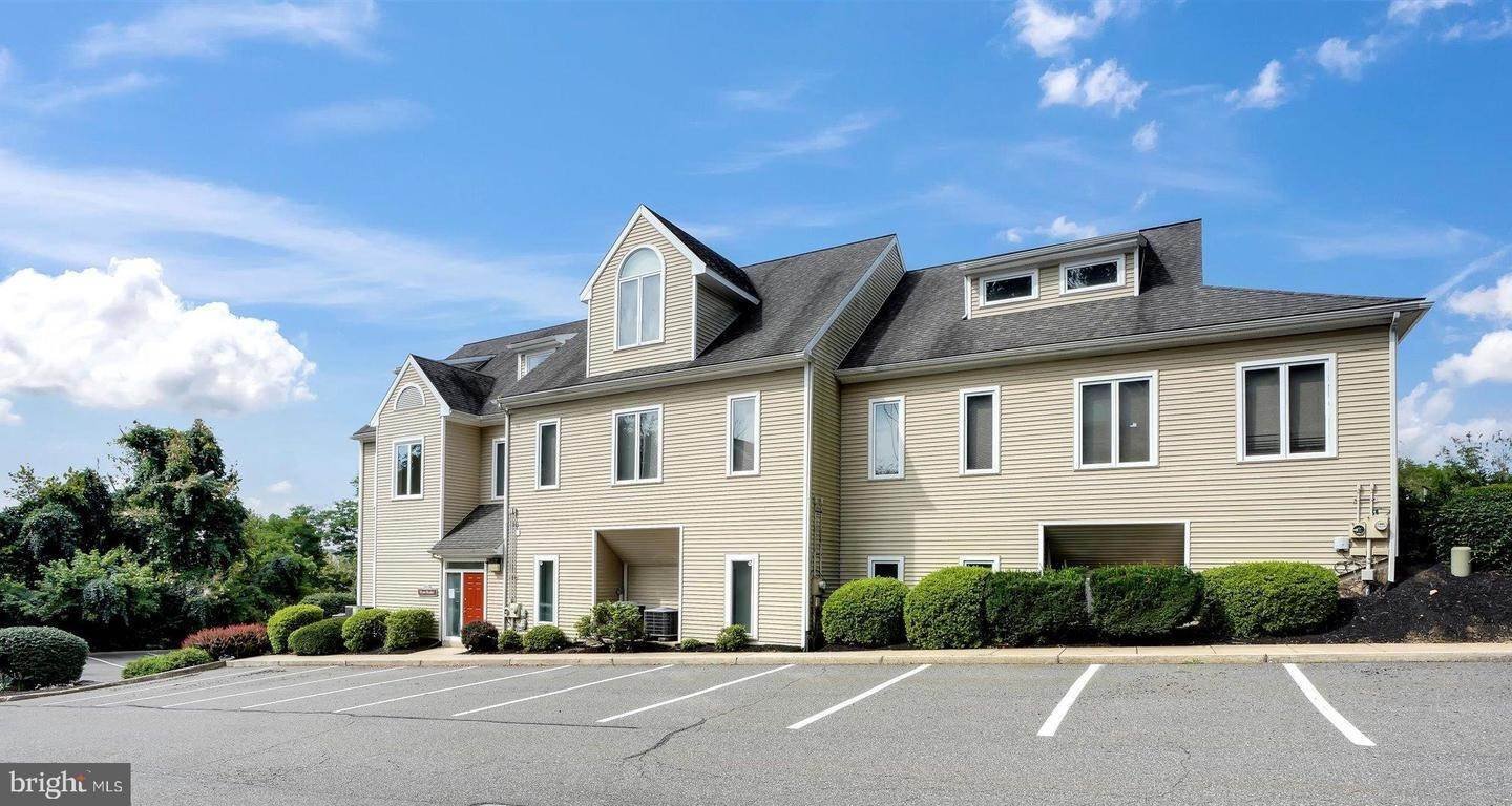 Offices for Sale at 120-122 COMMONS Court Chadds Ford, Pennsylvania 19317 United States