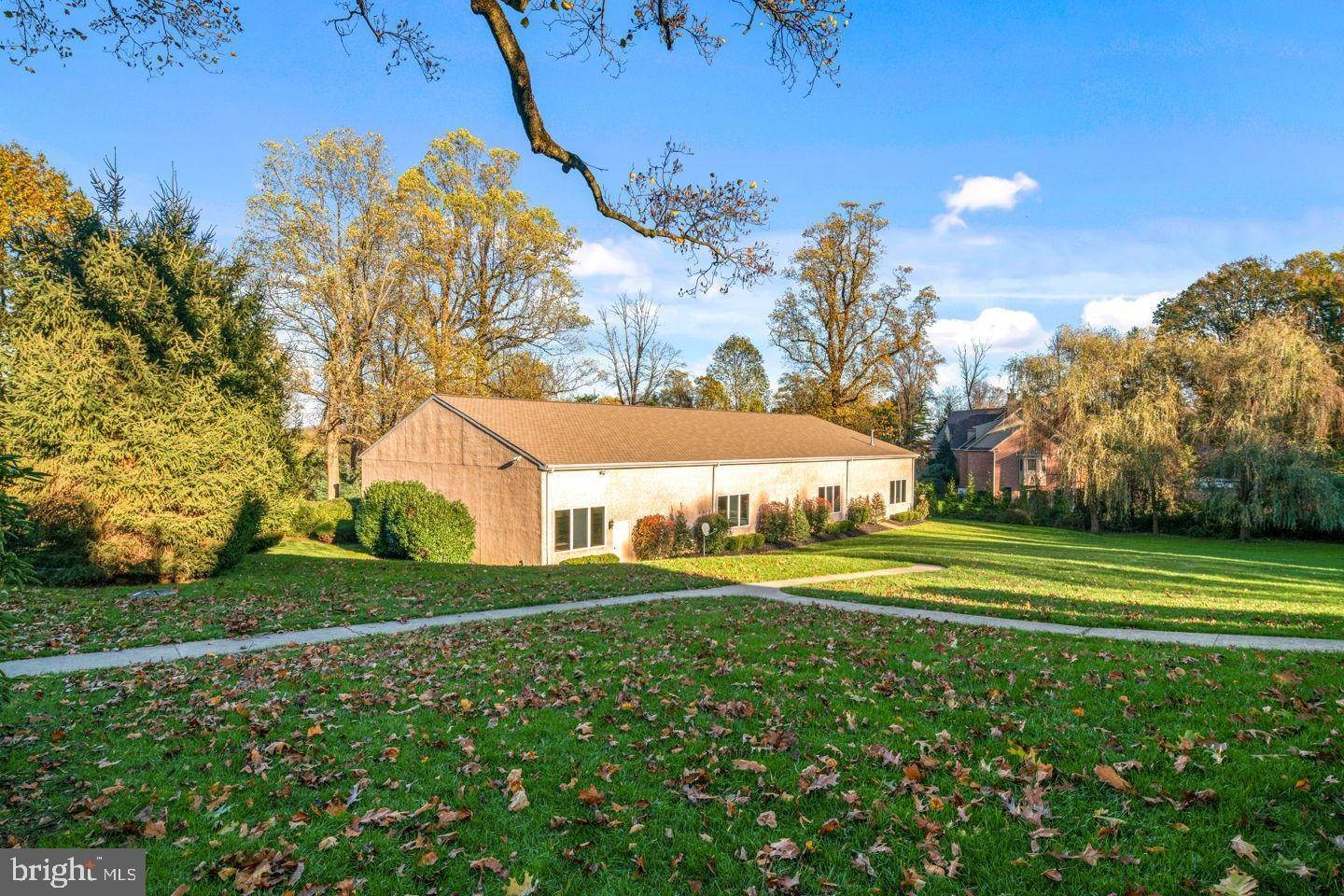 11. Detached House for Sale at 2205 WASHINGTON Lane Huntingdon Valley, Pennsylvania 19006 United States