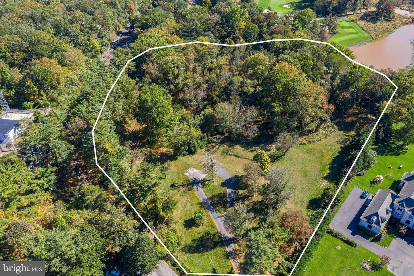 18. Land for Sale at 10 LANE OF ACRES Haddonfield, New Jersey 08033 United States