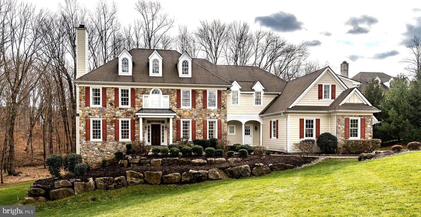 Detached House for Sale at 1001 BRICK HOUSE FARM Lane Newtown Square, Pennsylvania 19073 United States