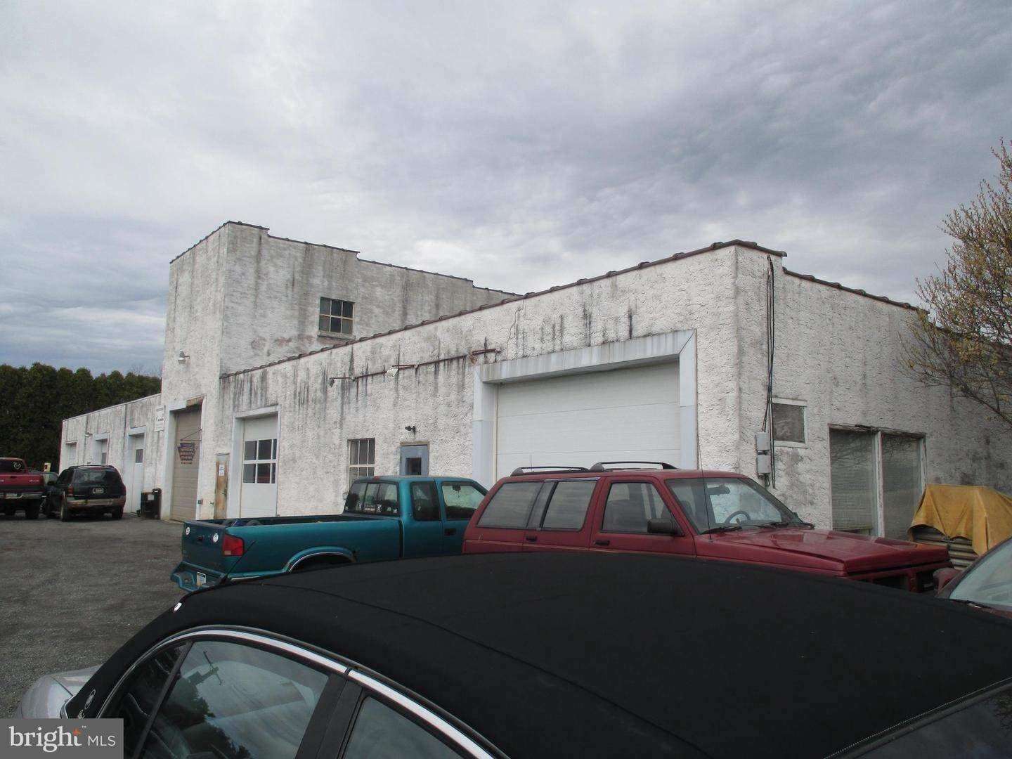 Industrial for Sale at 142 W RIDGE PIKE Royersford, Pennsylvania 19468 United States