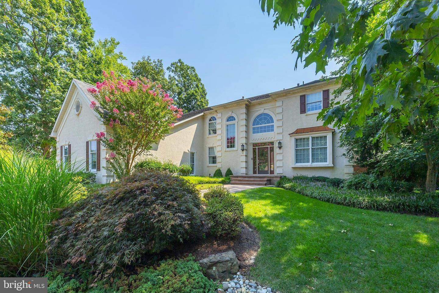 Detached House for Sale at 4 COLLAGE Court Cherry Hill, New Jersey 08003 United States