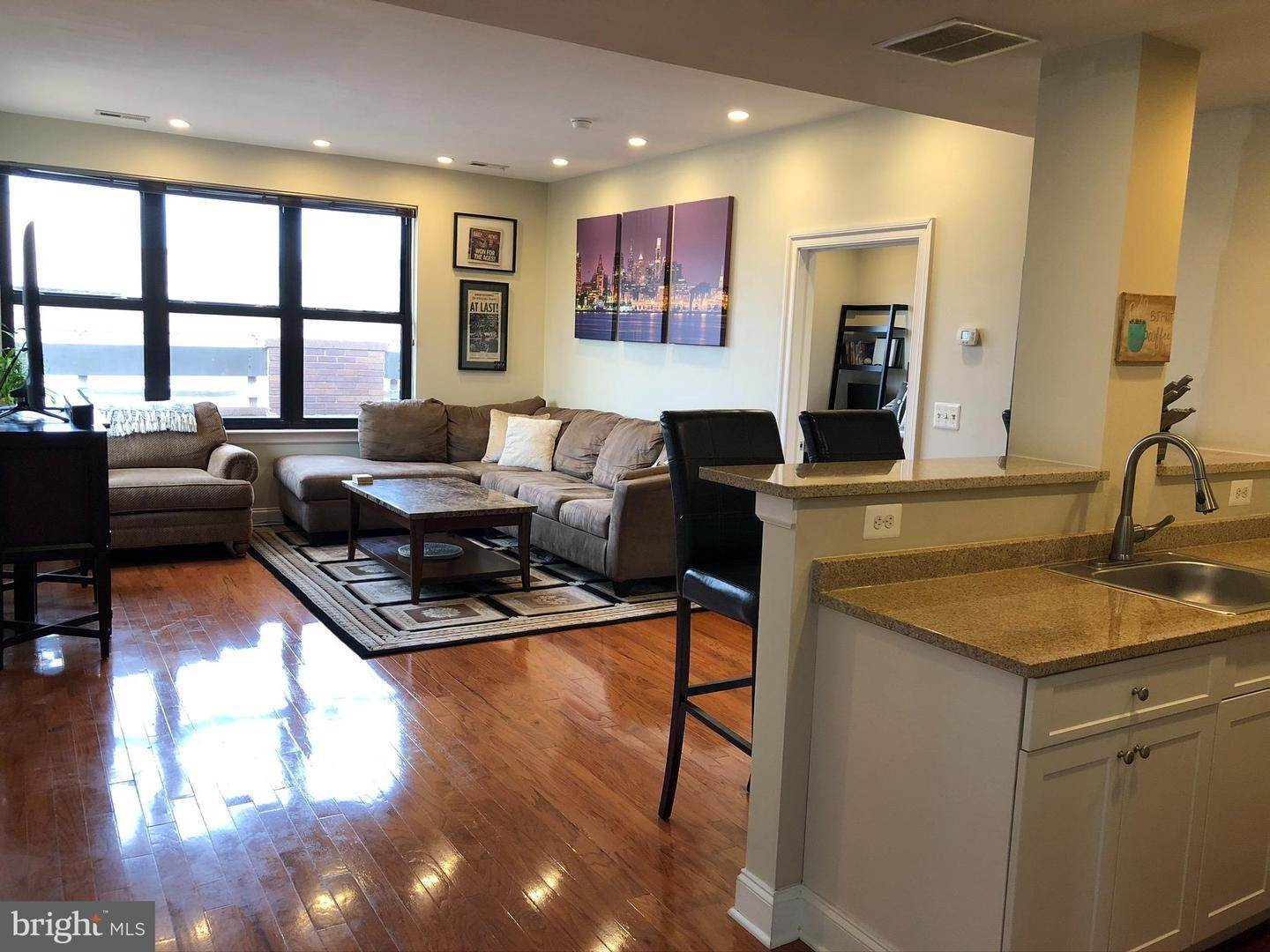Condominiums for Sale at 125 N 4TH ST #601 Philadelphia, Pennsylvania 19106 United States