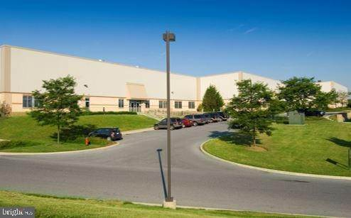 Commercial at 100 CHESHIRE COURT #101 Valley Township, Pennsylvania 19320 United States