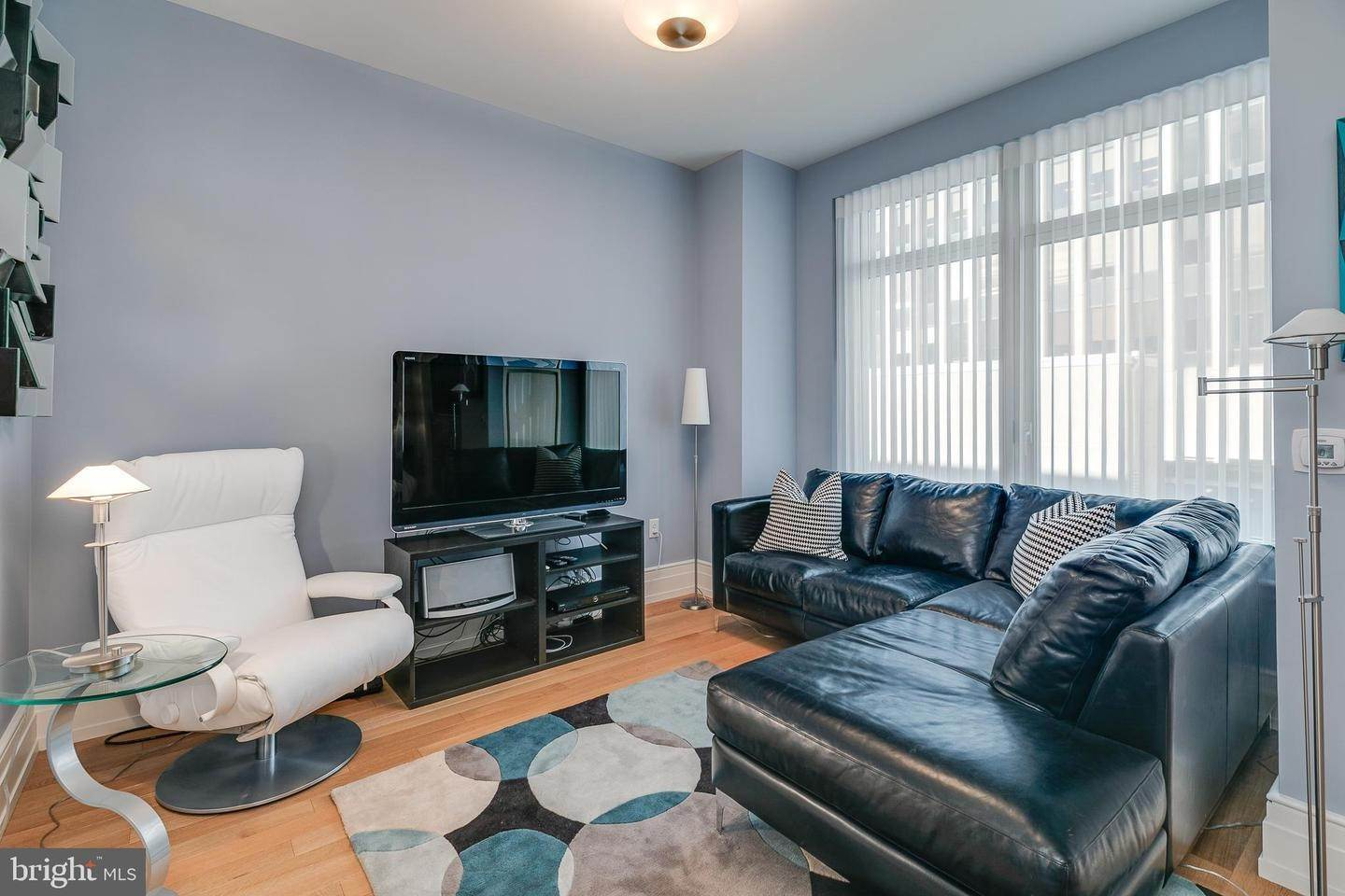 Condominiums for Sale at 130 S 18TH ST #608 Philadelphia, Pennsylvania 19103 United States