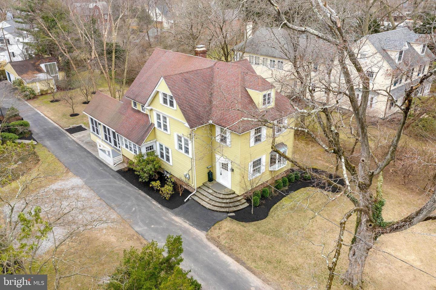 Detached House for Sale at 909 N PENNSYLVANIA Avenue Yardley, Pennsylvania 19067 United States
