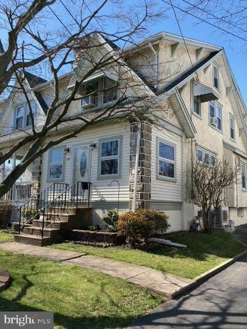 Semi-Detached House for Sale at 204 HARDING Avenue Havertown, Pennsylvania 19083 United States