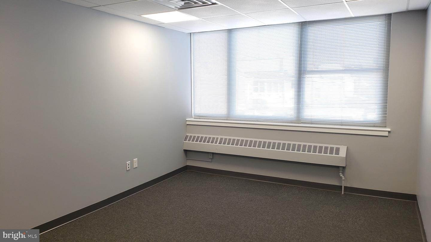 9. Offices for Sale at 1130-1136 HAMILTON Street Allentown, Pennsylvania 18101 United States