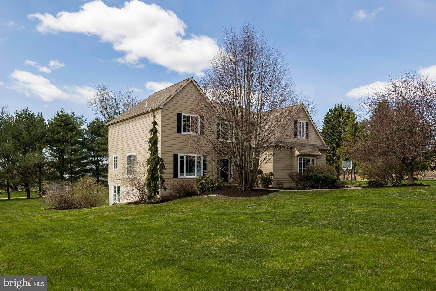 Detached House for Sale at 103 DEER CREEK CROSSING Kennett Square, Pennsylvania 19348 United States