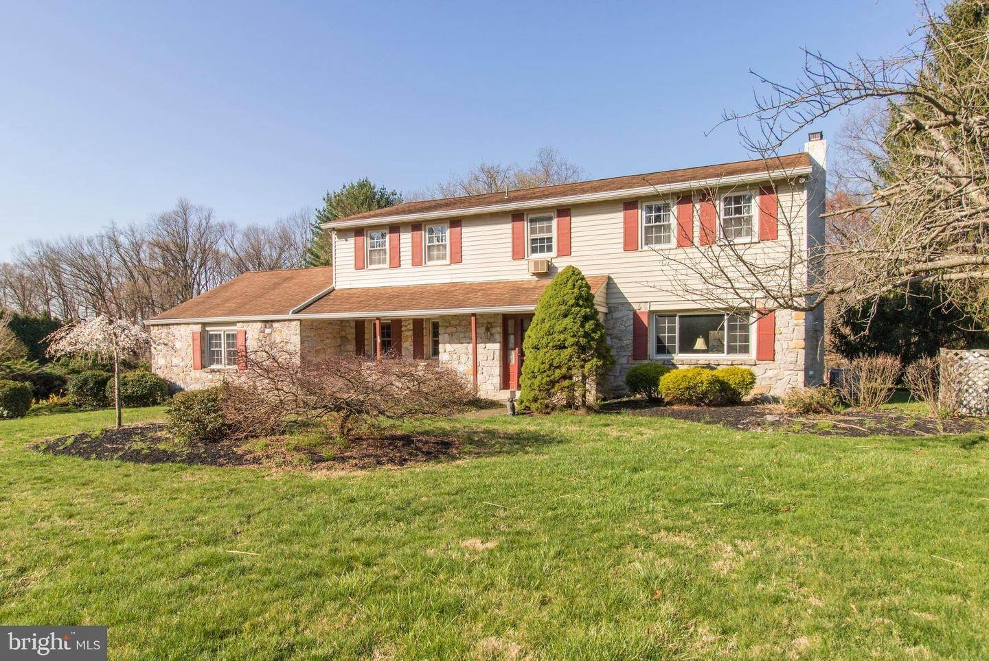 Detached House for Sale at 1940 BRISTOL Road Southampton, Pennsylvania 18966 United States