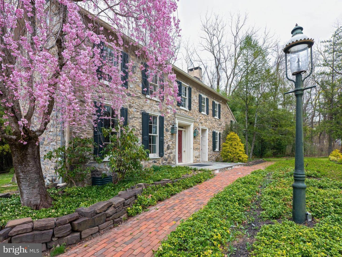 Detached House for Sale at 6089 LOWER YORK Road New Hope, Pennsylvania 18938 United States