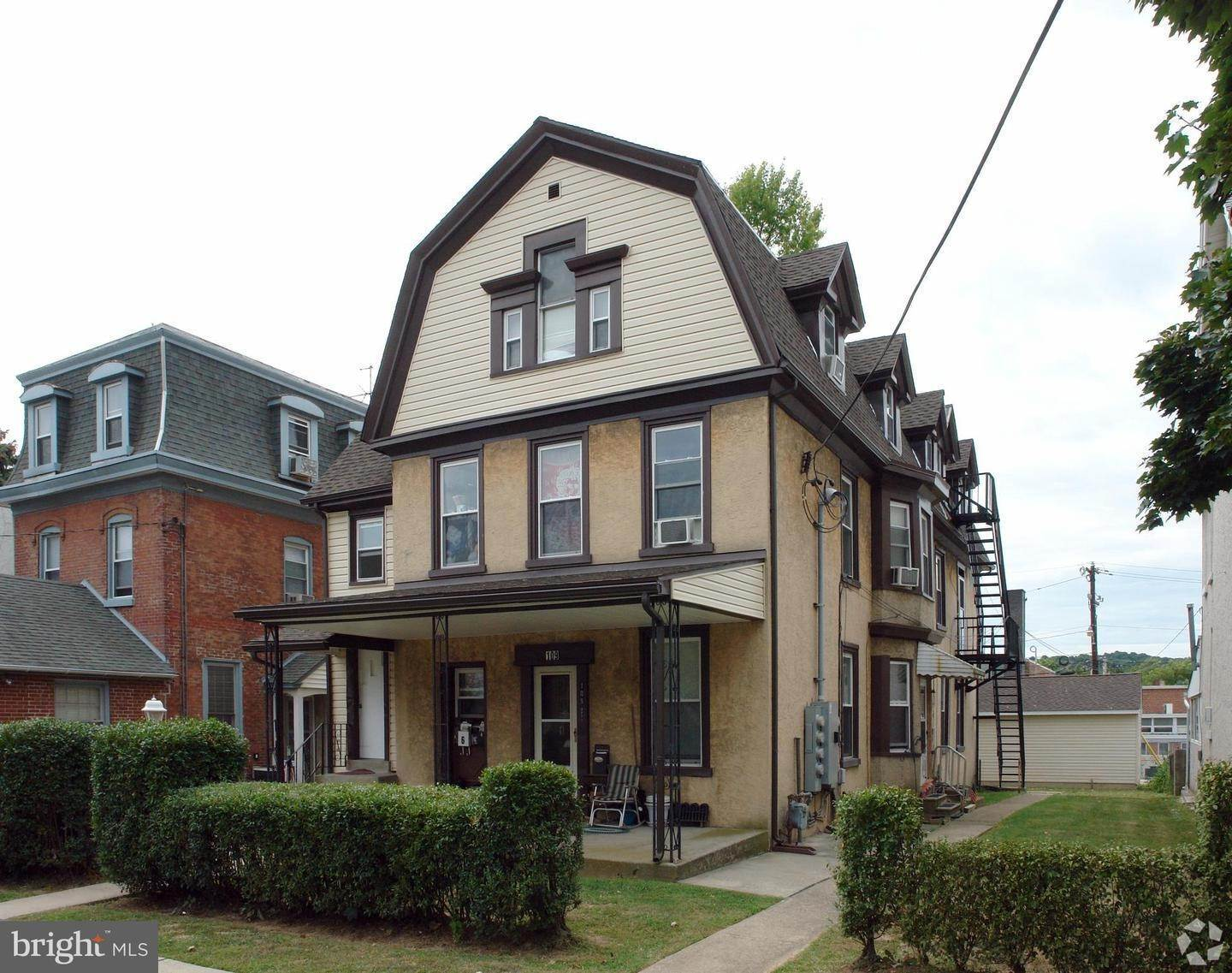 Commercial for Sale at 109 E 4TH Avenue Conshohocken, Pennsylvania 19428 United States
