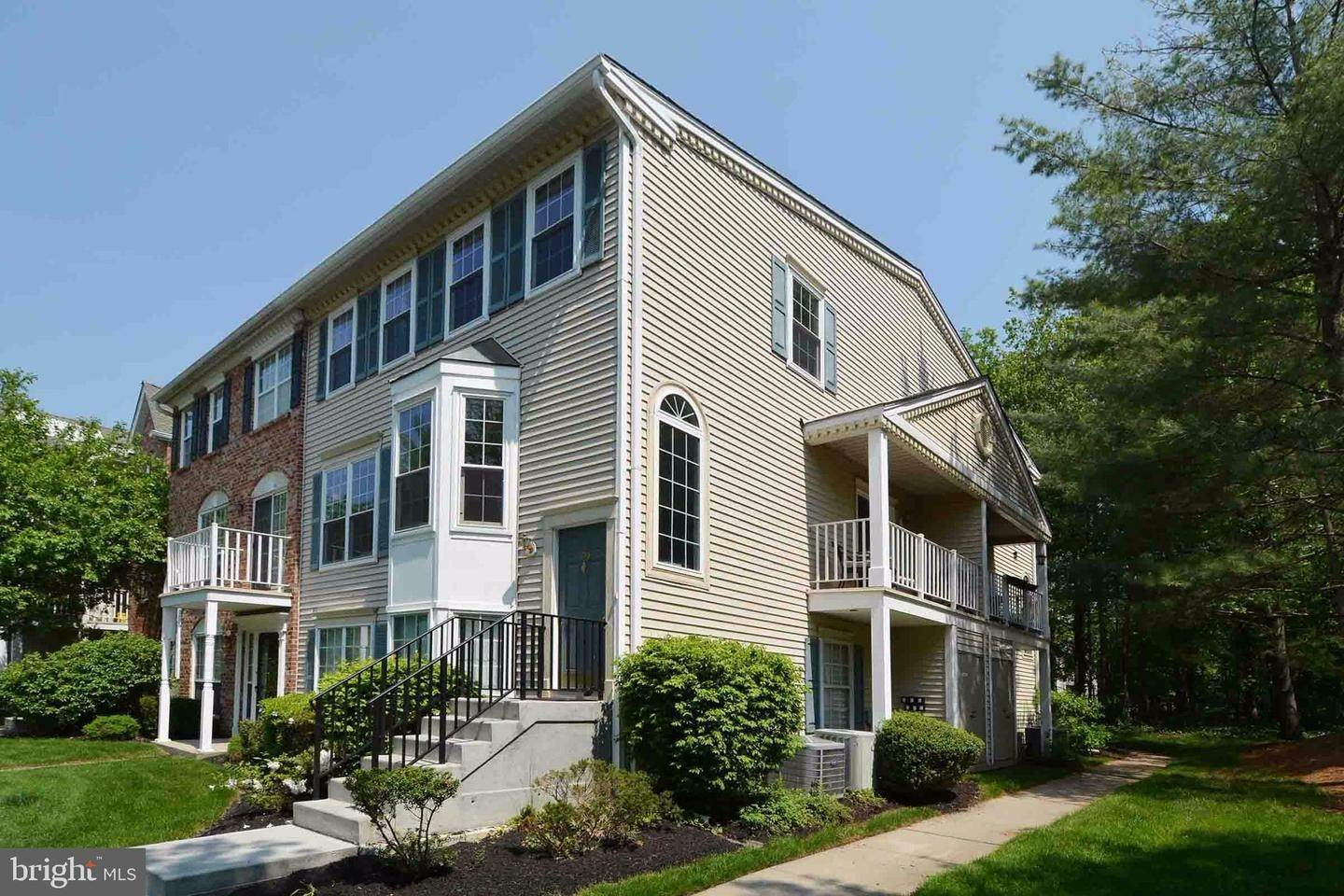 Condominiums for Sale at 109 CHAMBORD Court Trenton, New Jersey 08619 United States