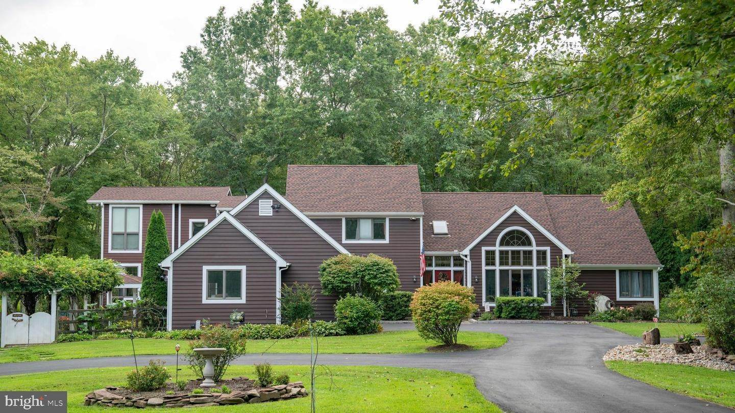 Detached House for Sale at 323 LAMBERTVILLE HOPEWELL ROAD Lambertville, New Jersey 08530 United States