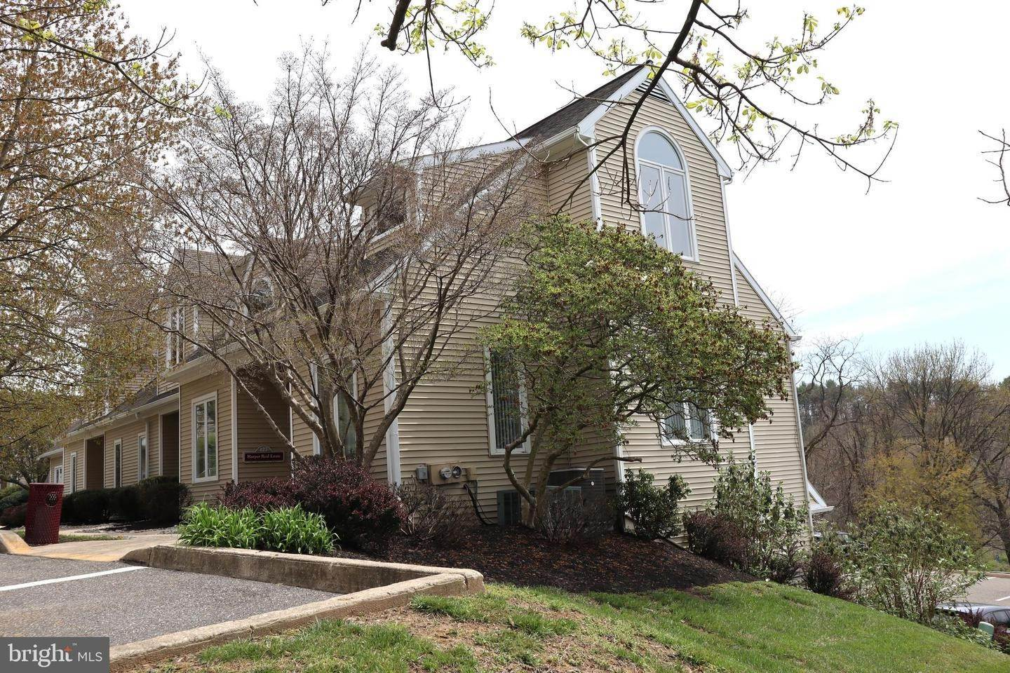 Offices for Sale at 127 COMMONS CT #127 Chadds Ford, Pennsylvania 19317 United States