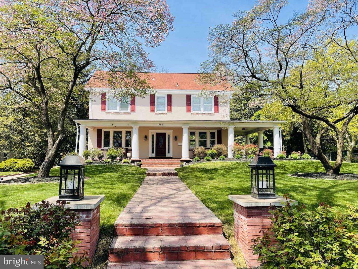 Detached House for Sale at 600 CHEWS LANDING Road Haddonfield, New Jersey 08033 United States