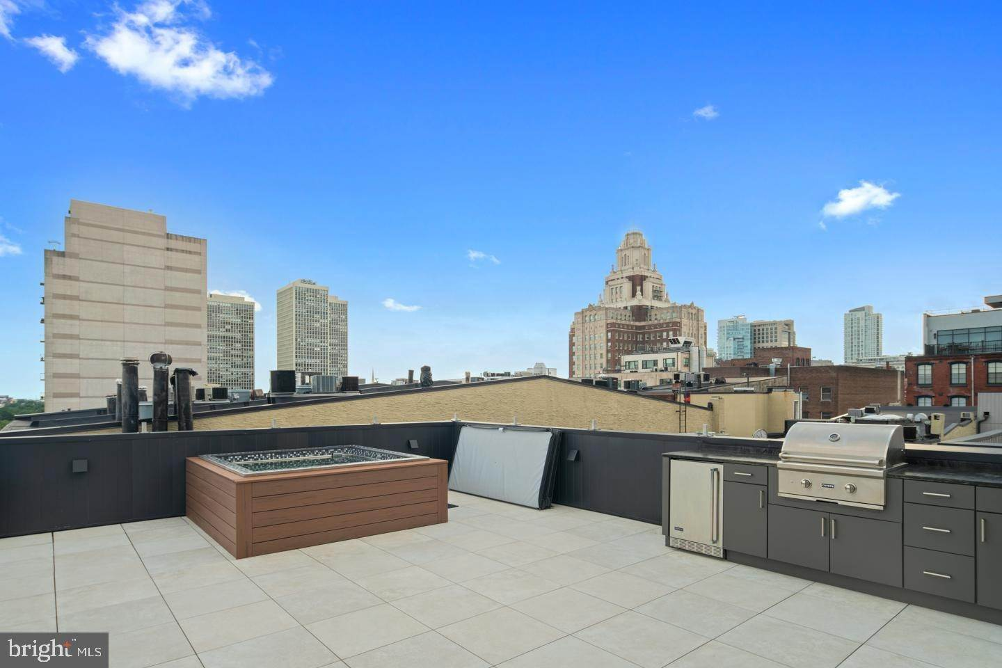 townhouses for Sale at 48 N 3RD ST #1 Philadelphia, Pennsylvania 19106 United States