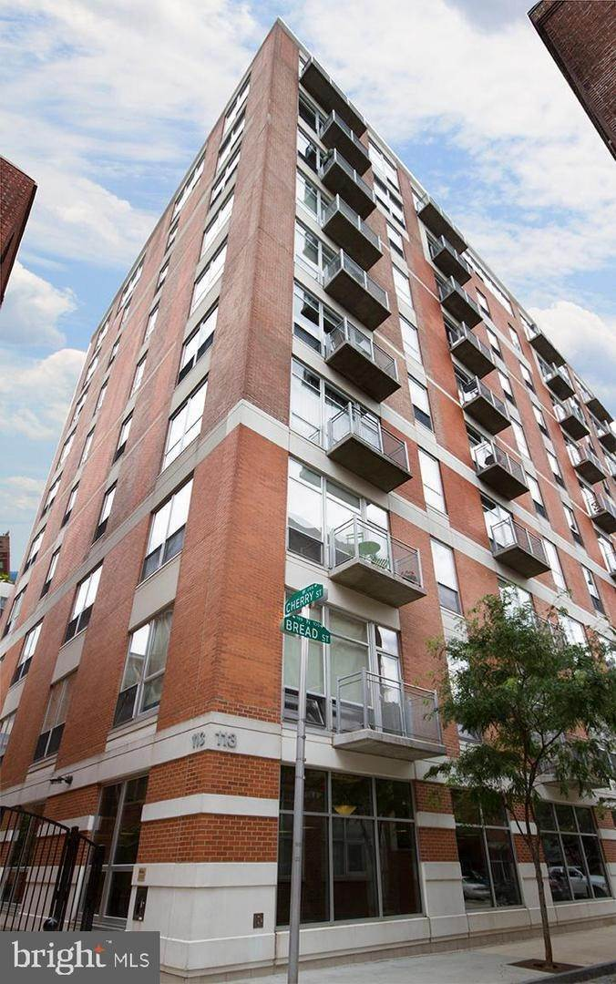 Condominiums for Sale at 113 N BREAD ST #3G7 Philadelphia, Pennsylvania 19106 United States