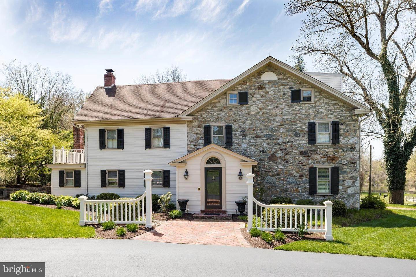 Detached House for Sale at 1346 VILLAGE Lane Chester Springs, Pennsylvania 19425 United States