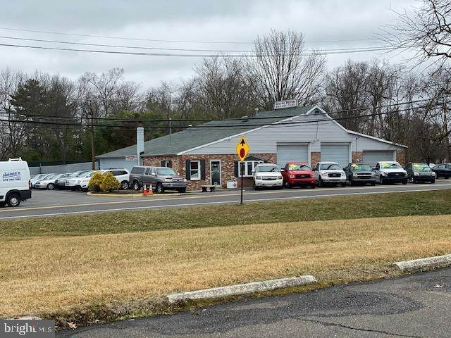 Retail for Sale at 10 HAINESPORT-MOUNT LAUREL ROAD Road Hainesport, New Jersey 08036 United States