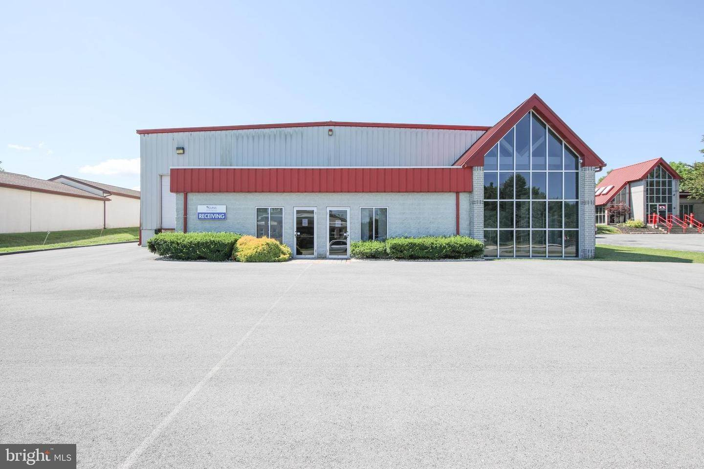 Commercial for Sale at 3716 CRESCENT CT W Whitehall, Pennsylvania 18052 United States