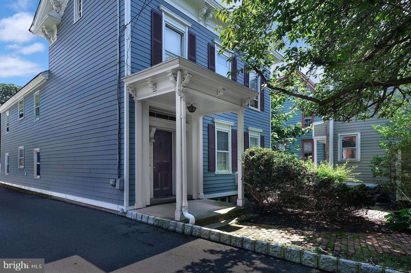 2. Detached House for Sale at 128 MAIN Street Flemington, New Jersey 08822 United States