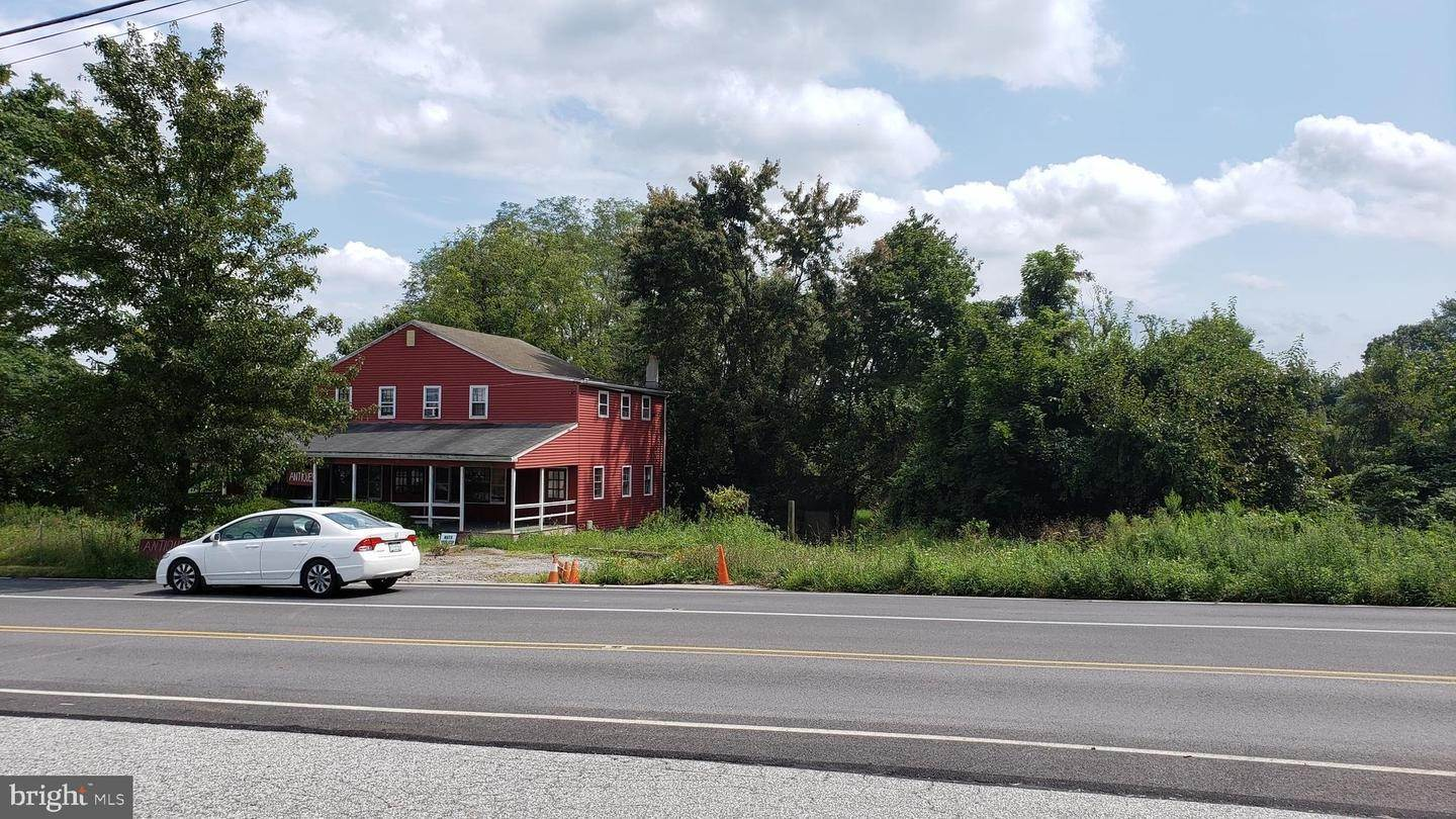 Land / Commercial for Sale at 220 DILWORTHTOWN Road Chadds Ford, Pennsylvania 19317 United States