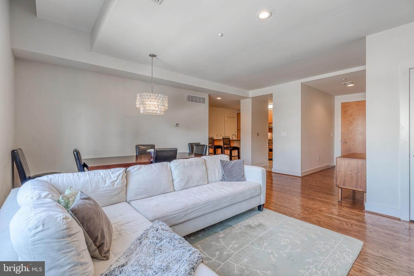 10. Apartments for Sale at 23 S 23RD ST #5B Philadelphia, Pennsylvania 19103 United States