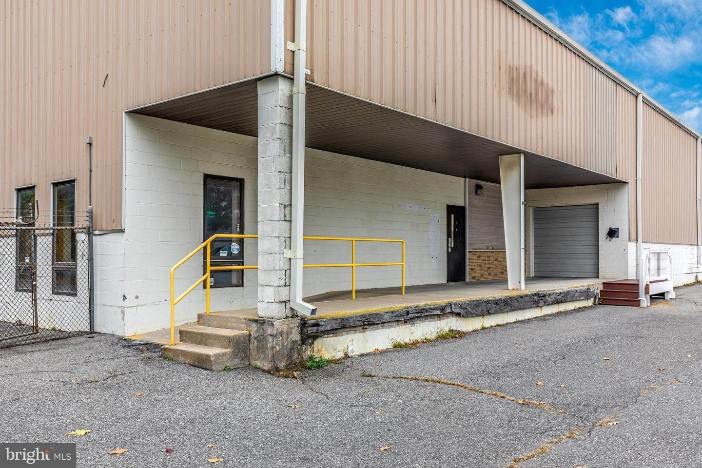 3. Commercial for Sale at 601-623 E HIGHLAND Street Allentown, Pennsylvania 18109 United States