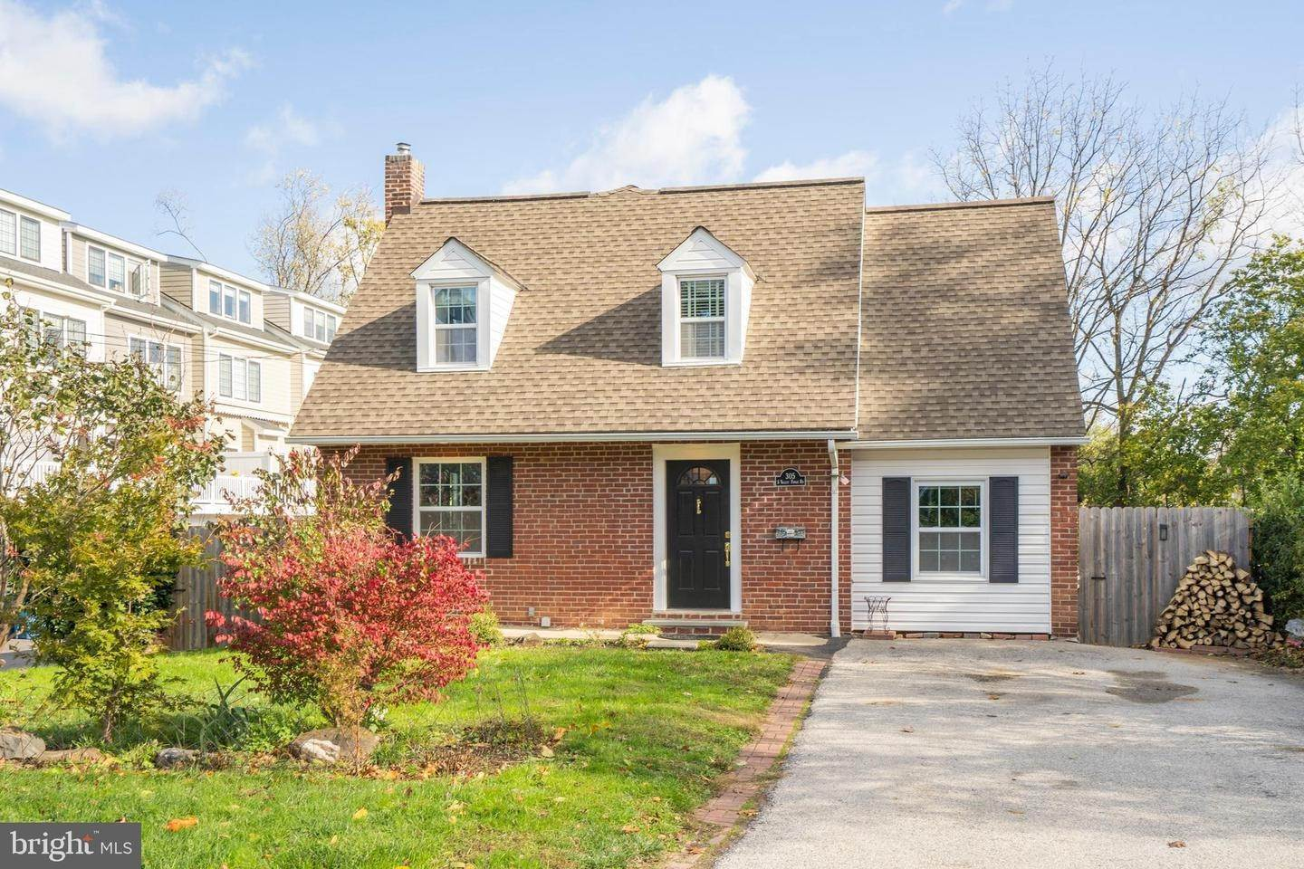 Detached House for Sale at 305 S VALLEY FORGE Road Devon, Pennsylvania 19333 United States