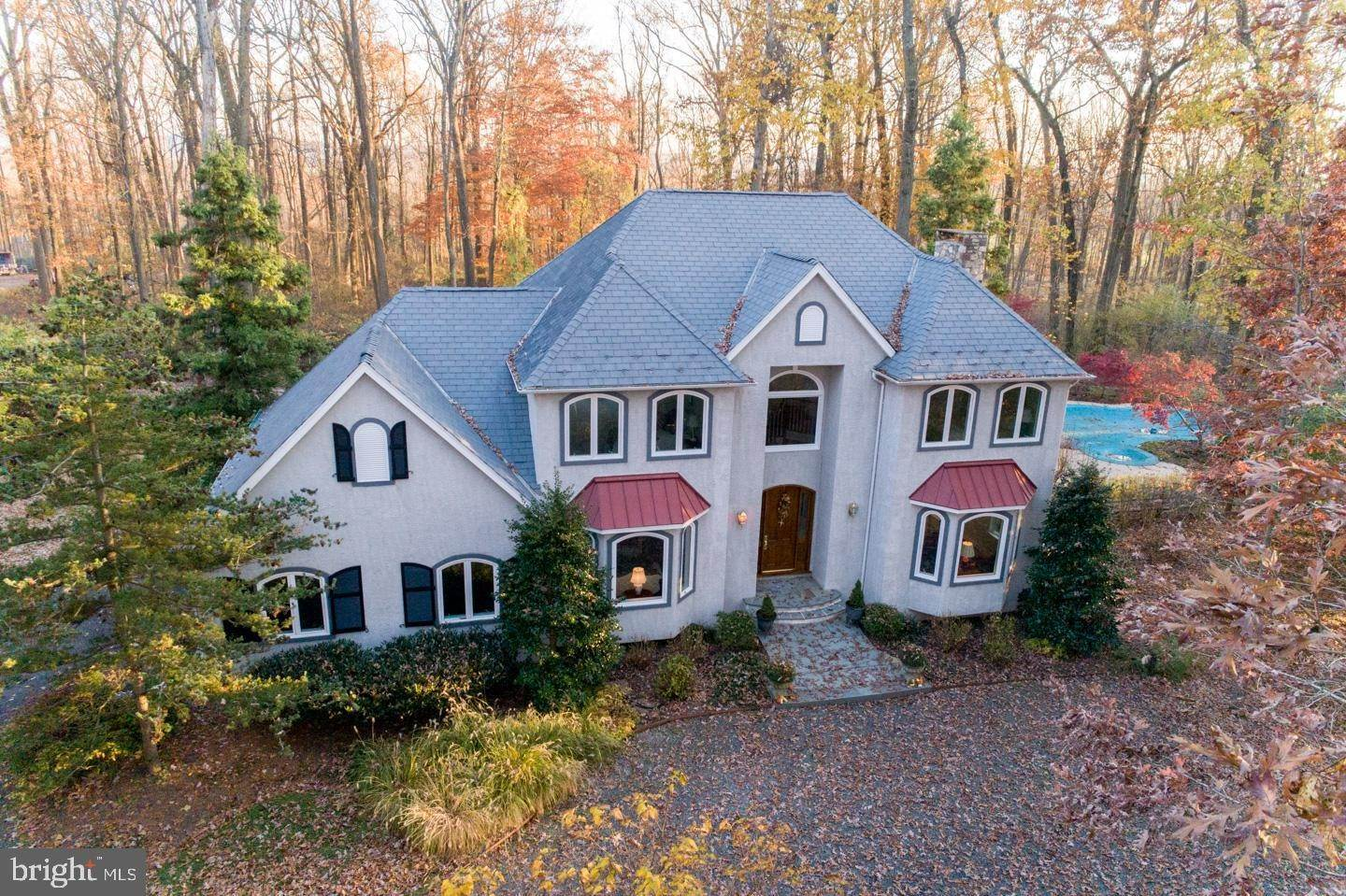 Detached House for Sale at 6012 LOWER MOUNTAIN Road New Hope, Pennsylvania 18938 United States