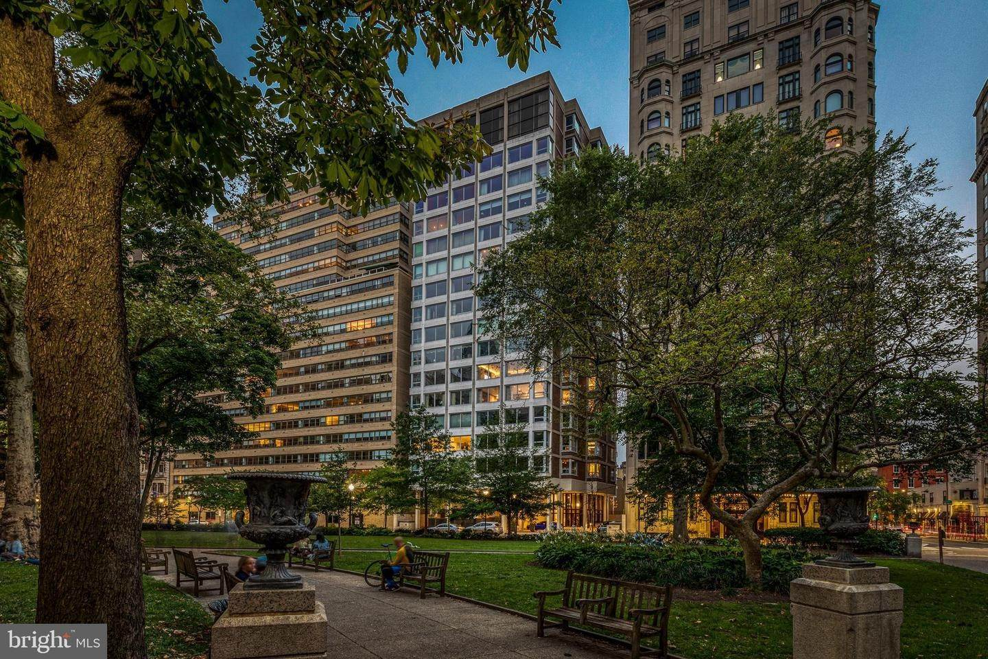 Apartments for Sale at 1820 RITTENHOUSE SQ #602 Philadelphia, Pennsylvania 19103 United States