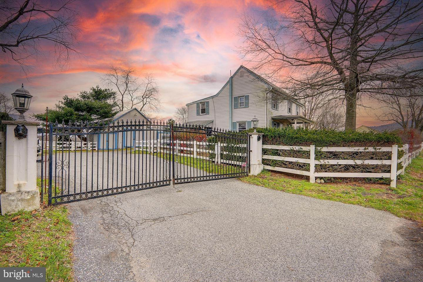 Detached House for Sale at 209 BUDDTOWN Road Southampton, New Jersey 08088 United States