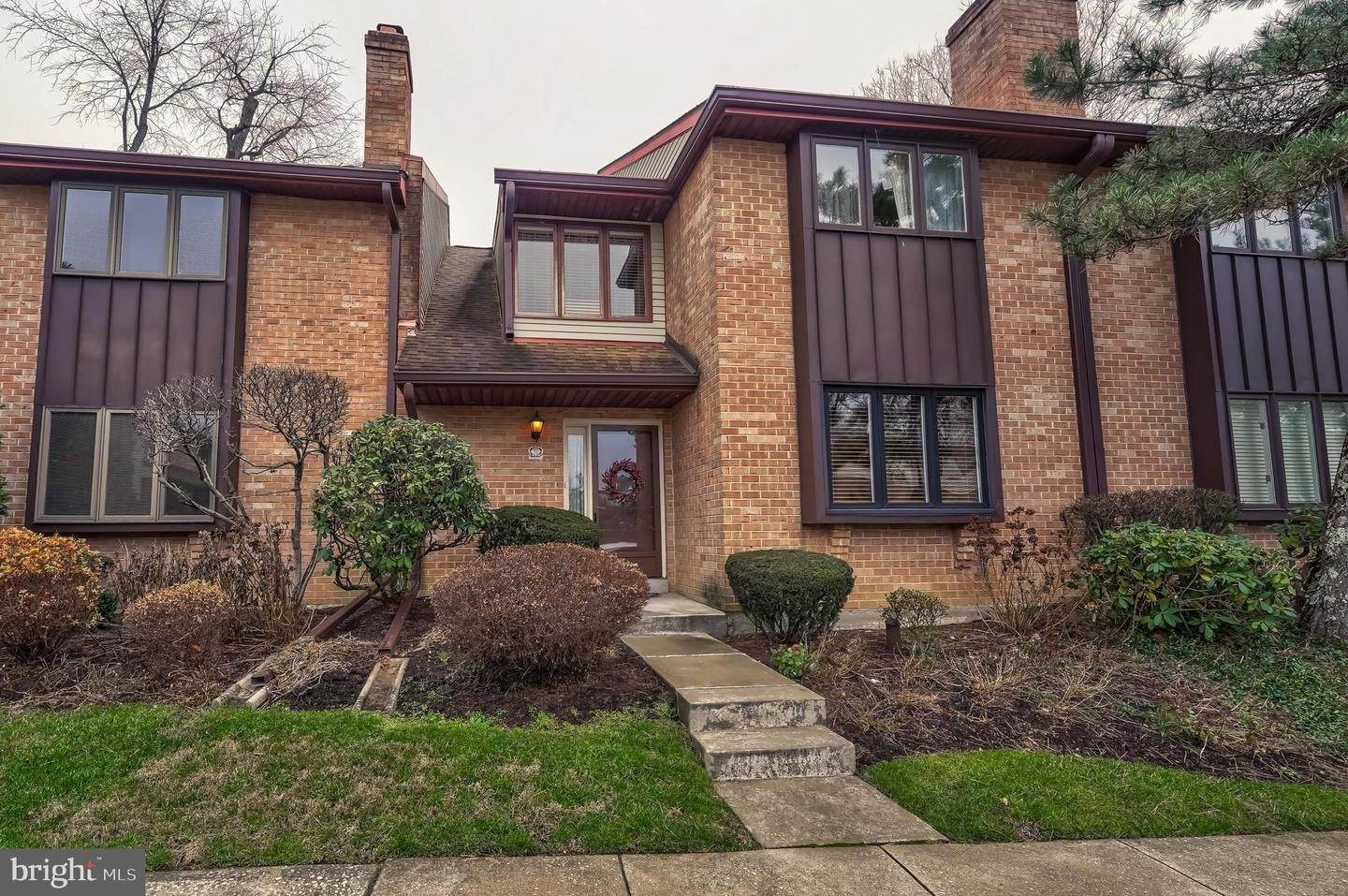 Condominiums for Sale at 1747 WEST CHESTER PIKE #11 Havertown, Pennsylvania 19083 United States