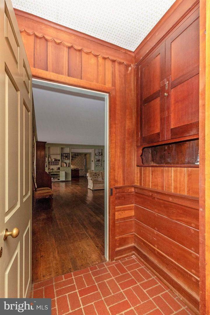 10. Detached House for Sale at 2576 BEAN ROAD Norristown, Pennsylvania 19403 United States